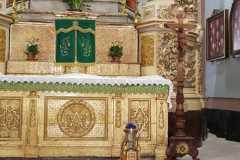 Croce pettorale  di mons. Rosso contenente un lembo di fazzoletto utilizzato per asciugare le  lacrime della Madonna